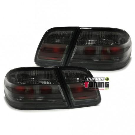 2-feux-tuning-noirs-pour-mercedes-w210-classe-e-12115